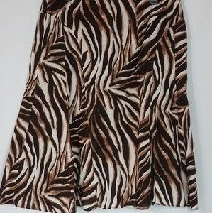 Jones Wear Brown Animal Print Skirt size 16   F3
